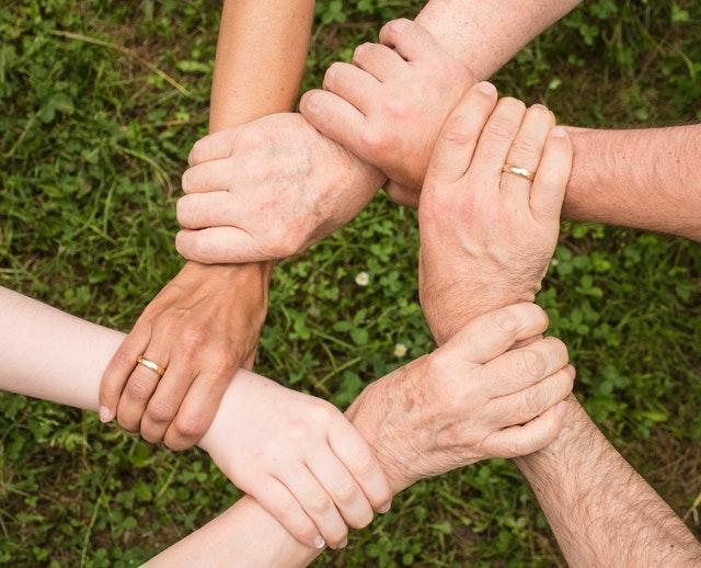 Romanikulttuuri korostaa kaikkien kanssa toimeen tulemista